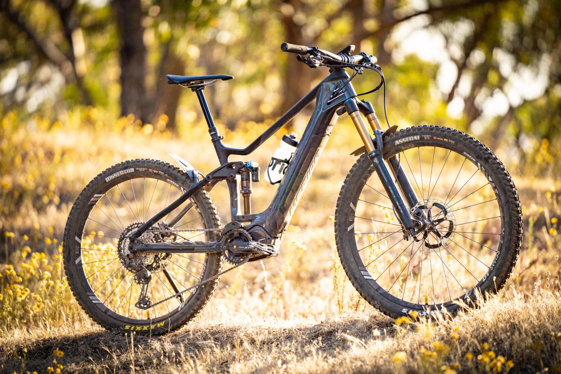 merida, flow mountain bike magazine, eone sixty, electric mountain bike, mtb, ebike, full suspension, merida and norco, review, carbon,