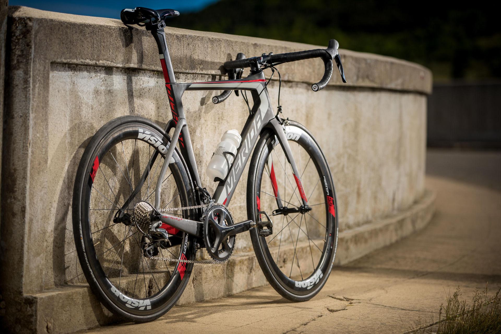 Reacto, rower do triathlonu, rower triathlon, rower szosowy, rowery szosowe, Merida Reacto, rowery do triathlonu, jak dostosować rower do triathlonu